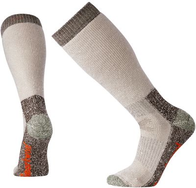 The Extra Heavy cushioning of our Hunt Extra Heavy OTC will have you floating on any trek through the woods. The arch and ankle support helps keep the socks in place. The flat knit toe seam and Merino blend ensure long-haul comfort.