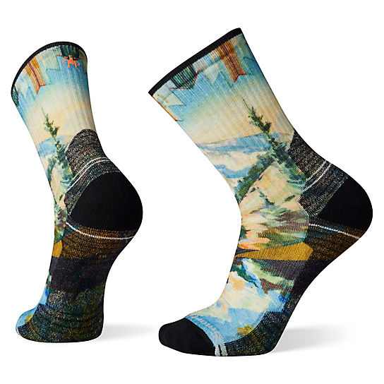 Men's Hike Light Cushion Mountain Print Crew Socks