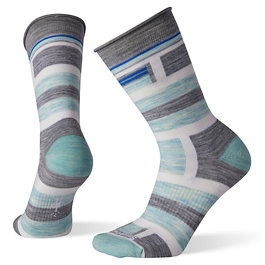 Women's Non-Binding Pressure Free Striped Crew Socks