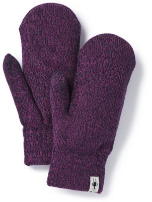 For a brisk morning walk on a trail or just to the coffee shop, the Cozy Mitten helps keep fingers warm by keeping them together. The cushion knit and terry loop interior make these mittens extra comfortable and warm.